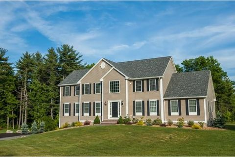 36 Wellesley Dr, Pelham, NH 03076