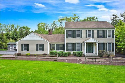 Photo of 13 Highview Dr, Clinton Township, NJ 08829
