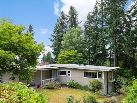 Photo of 2515 122nd Ave Se, Bellevue, WA 98005