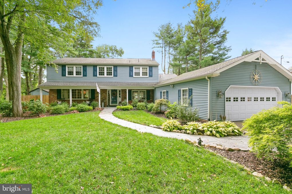 25 Holly Dr Medford, NJ 08055