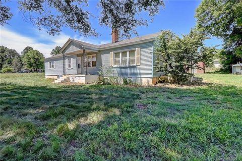 Photo of 6514 Dallas Cherryville Hwy, Bessemer City, NC 28016