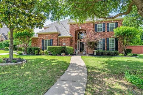 Photo of 1203 Forest Hills Dr, Southlake, TX 76092