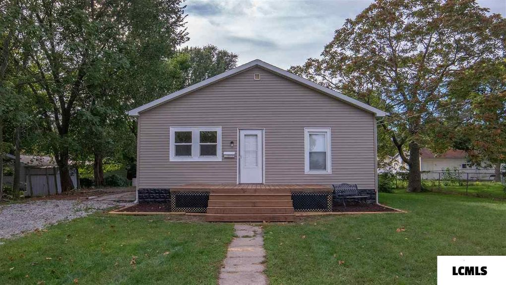 717 Oglesby Ave Lincoln, IL 62656