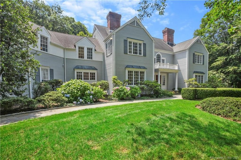 105 Clearview Ln New Canaan, CT 06840