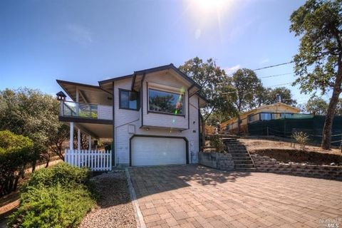 10908 Pine Dell Dr, Clearlake Park, CA 95424