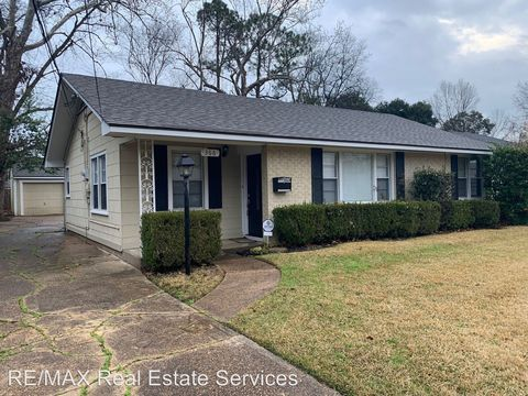 Photo of 366 Sandefur Dr, Shreveport, LA 71105