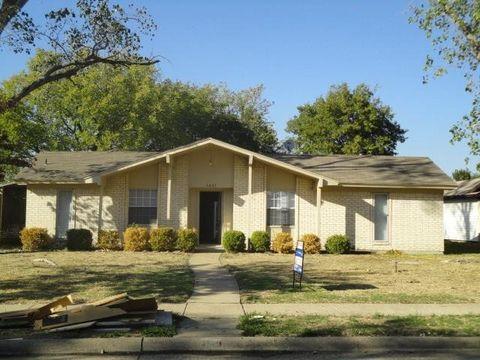 Photo of 1421 Crockett St, Garland, TX 75042