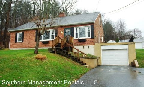 Photo of 2908 Seven Valleys Rd, Glen Rock, PA 17327