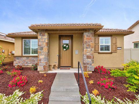Terrific Page 3 Sacramento Ca 2 Bedroom Homes For Sale Realtor Com Download Free Architecture Designs Rallybritishbridgeorg