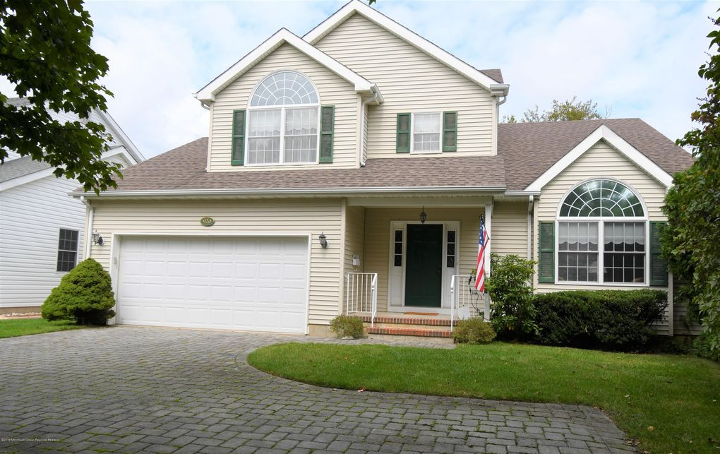 920 Allaire Rd Spring Lake Heights, NJ 07762