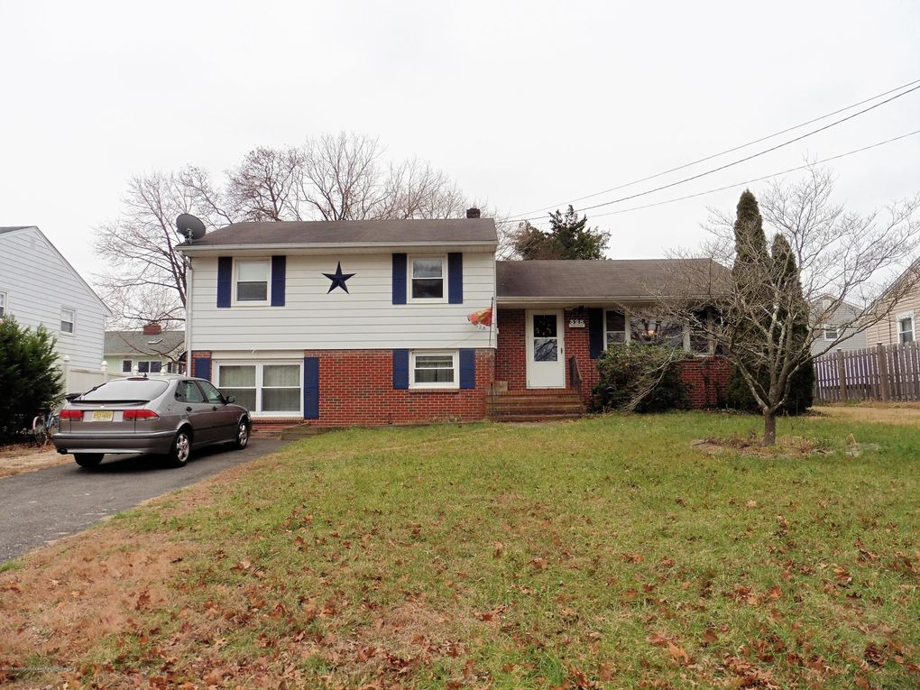 528 Hollywood Ave, Toms River, NJ 08753