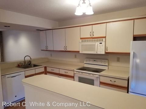 Photo of 87 Apple Hl, Newington, CT 06111