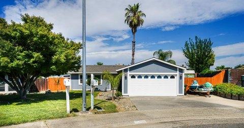 5033 Camille Ct, Sacramento, CA 95842