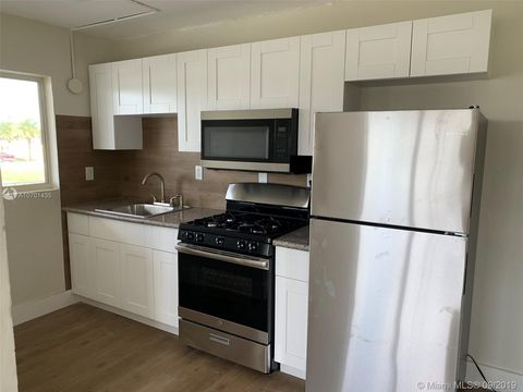 Photo of 1281 Sw 4th St Apt 8, Homestead, FL 33030