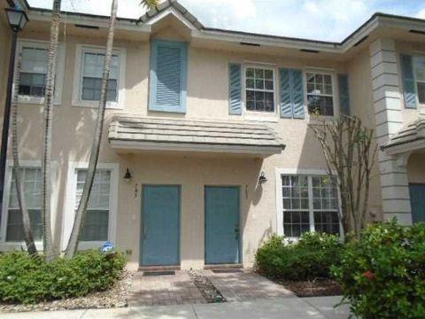 703 Nw 42nd Ave, Plantation, FL 33317