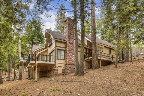Photo of 469 Sugar Pine Dr, Lake Arrowhead, CA 92352