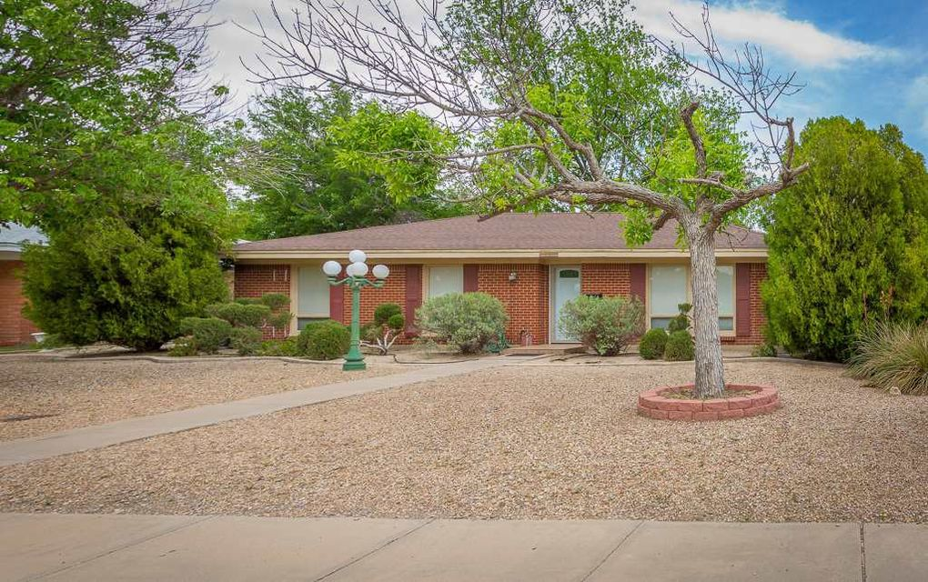 3101 Delicado Dr, Roswell, NM 88201