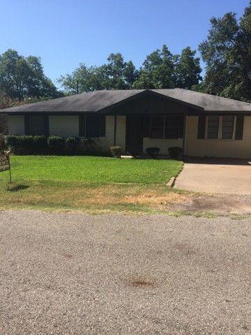 Photo of 514 E Mitcham St, Malakoff, TX 75148