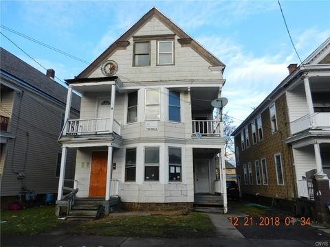 Photo of 913 Mary St, Utica, NY 13501
