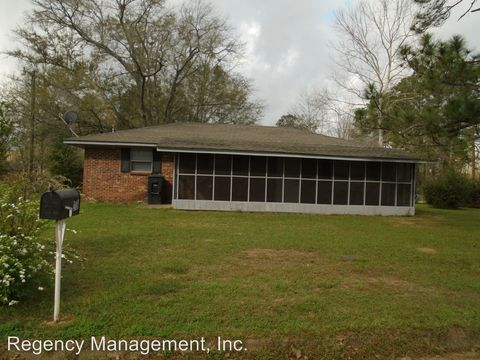 Photo of 200 Earl Minshew St, Geneva, AL 36340