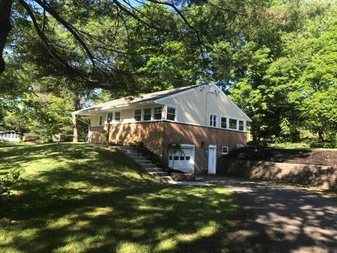 Photo of 8131 Rowan Rd, Cranberry Township, PA 16066