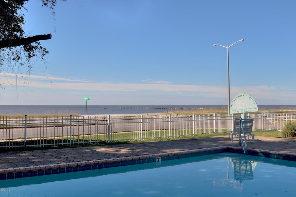 1496 Beach Blvd Biloxi Ms 39530 Realtor Com
