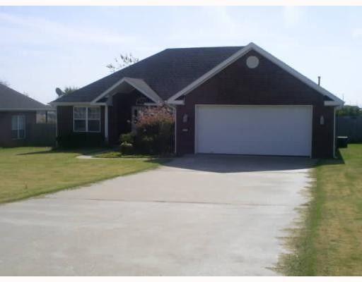 2905 Sw 8th St, Bentonville, AR 72712