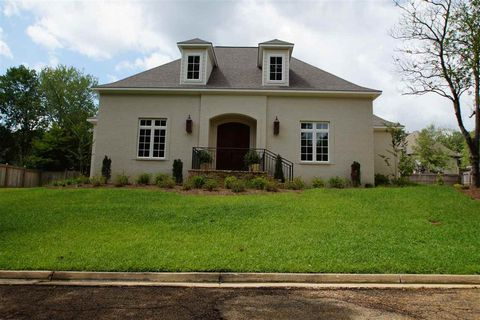 Photo of 23 Highland Meadows Dr, Jackson, MS 39211