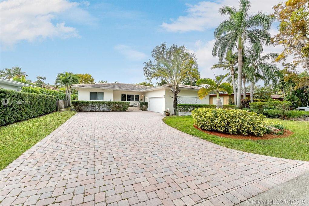 1200 Ne 92nd St, Miami Shores, FL 33138