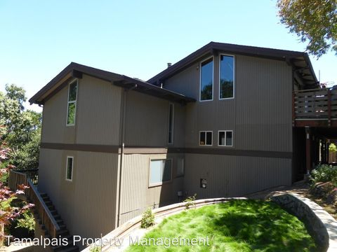 Photo of 15 Foothill Rd, San Anselmo, CA 94960