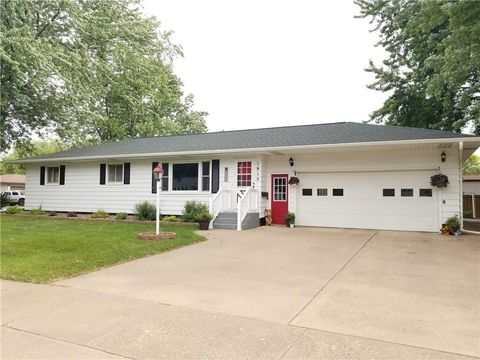 1915 15th Ave, Bloomer, WI 54724