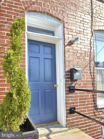 Photo of 223 6th St E, Frederick, MD 21701