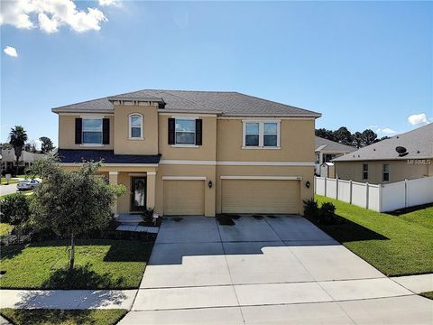 Photo of 3122 Spicer Ave, Grand Island, FL 32735
