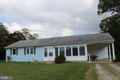 3139 Chancellor Point Rd, Trappe, MD 21673