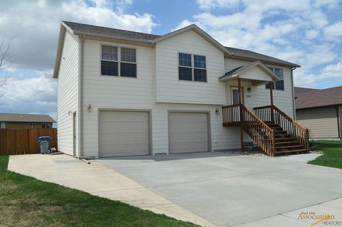Photo of 5065 Savannah St, Rapid City, SD 57703