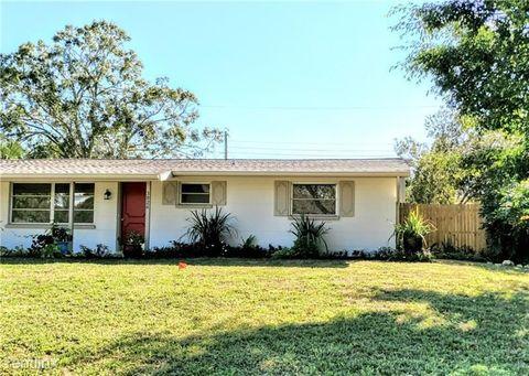 Photo of 3826 Warren Ridge St, Sarasota, FL 34233