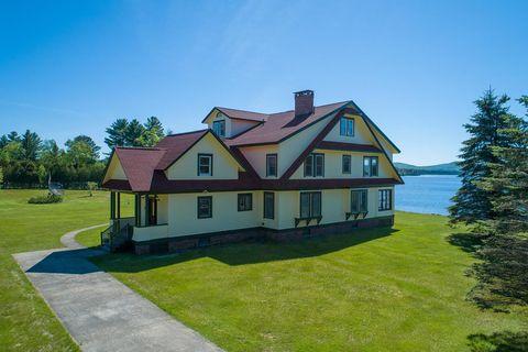 Photo of 84 Saranac Inn Ln, Upper Saranac Lake, NY 12983