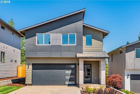 Photo of 17059 Se Huckleberry St, Happy Valley, OR 97086