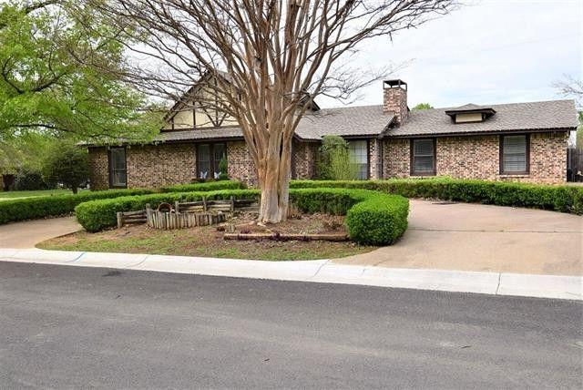 2004 Laurel St, Denton, TX 76205