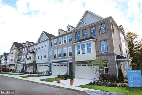 Photo of 1 Enclave Ct, Annapolis, MD 21403