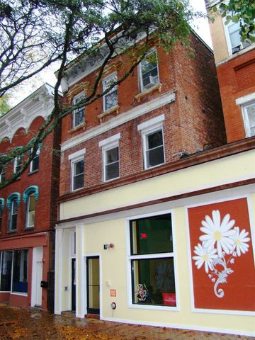 Photo of 9 Liberty St Apt 6, Poughkeepsie, NY 12601