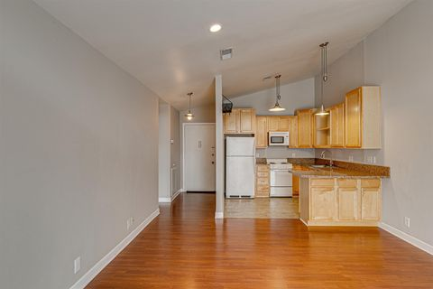 Photo of 613 Hillsboro Rd Apt B26, Franklin, TN 37064