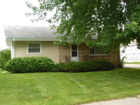 1405 9th Ave, Belle Plaine, IA 52208