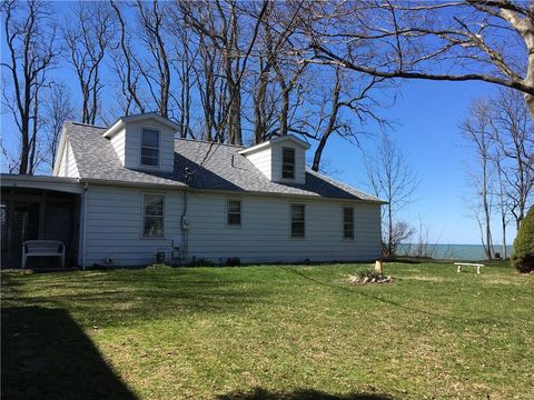Photo Of 16 Indian Dr Erie Pa 16511
