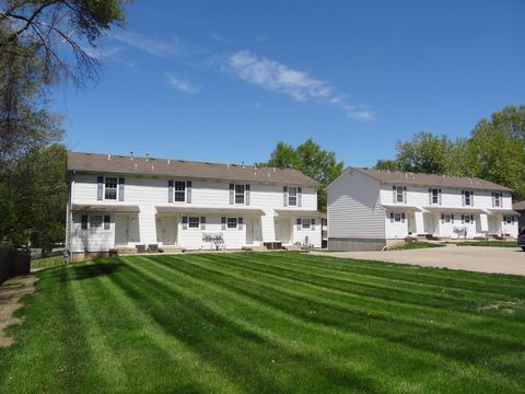 Photo of 80-96 Se Moreland School Rd, Blue Springs, MO 64014