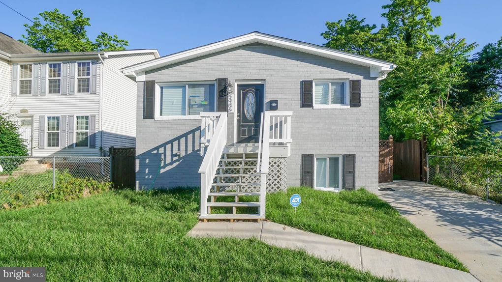5906 Burgundy St, Capitol Heights, MD 20743