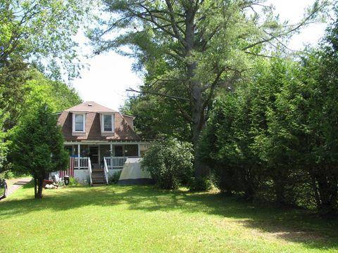 476 Old Lk, Saranac Lake, NY 12983