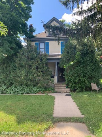 Photo of 2401 Irving Ave N, Minneapolis, MN 55411