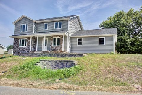 Photo of 529 Sunset Dr, Bloomsburg, PA 17815
