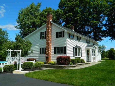 61 Old Stage Rd, East Berne, NY 12059